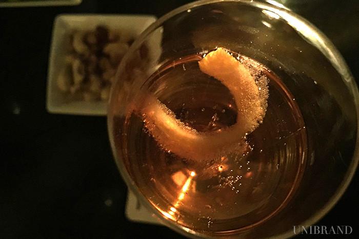 TwentyEight   トゥエンティエイト – コンラッド東京 オレンジ+シャンパン